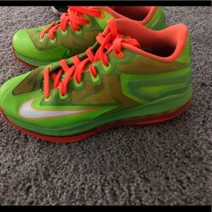 Kids Lebron Shoes
